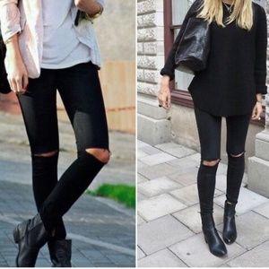 Zara NWOT Black High Rise Skinny Slashed Knee Jean